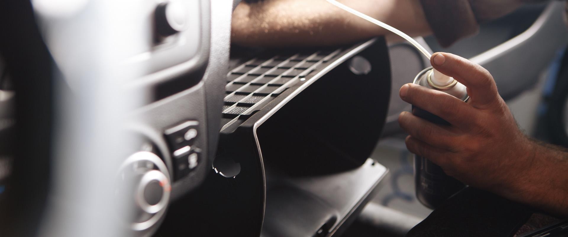Reinigung der Klimaanlage bei Fahrzeugen in München